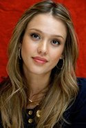 large_large_Shape-your-eyebrows-according-to-face-shape-OVAL-Jessica-Alba